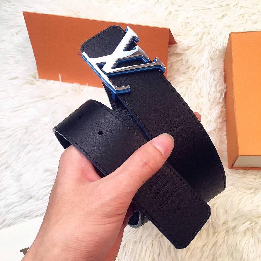 LV皮带最新款 與專櫃同步 此款LV皮带 Initiales雙面腰帶